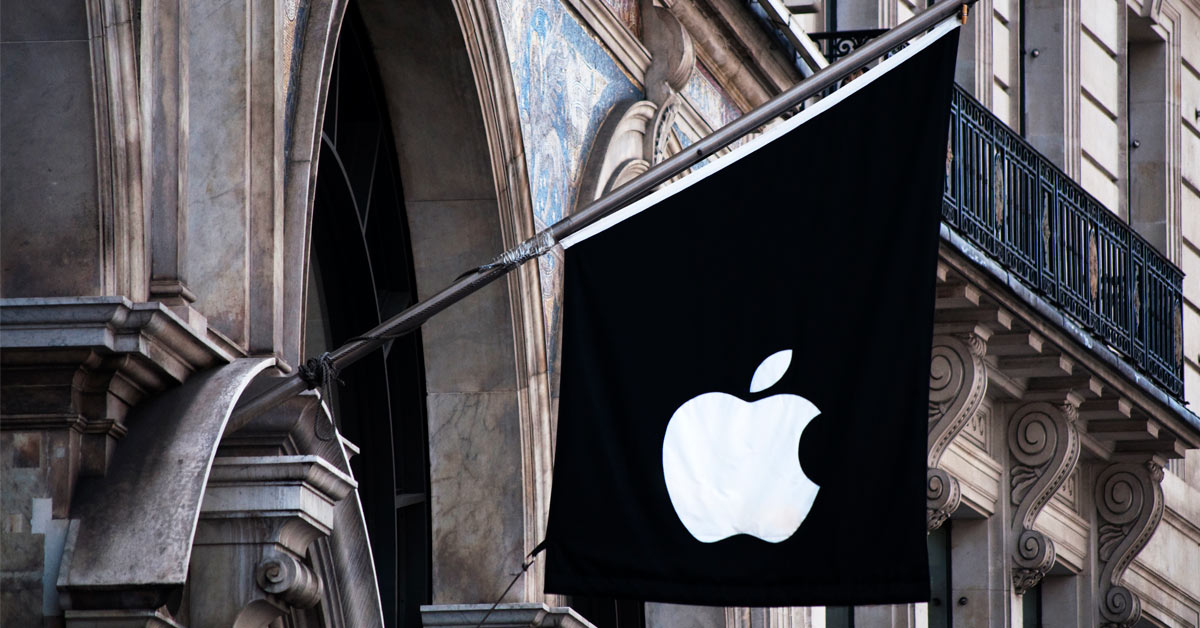 Apple down 2% to lead NASDAQ lower