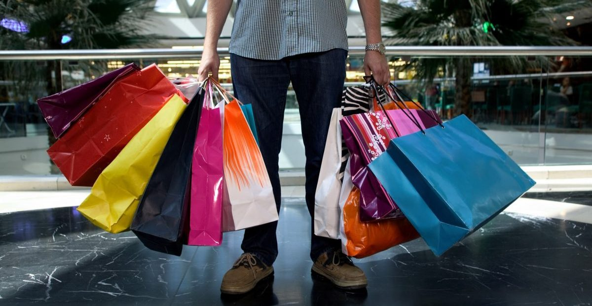 U.S Consumer confidence on the rise, making indices jump to near record highs