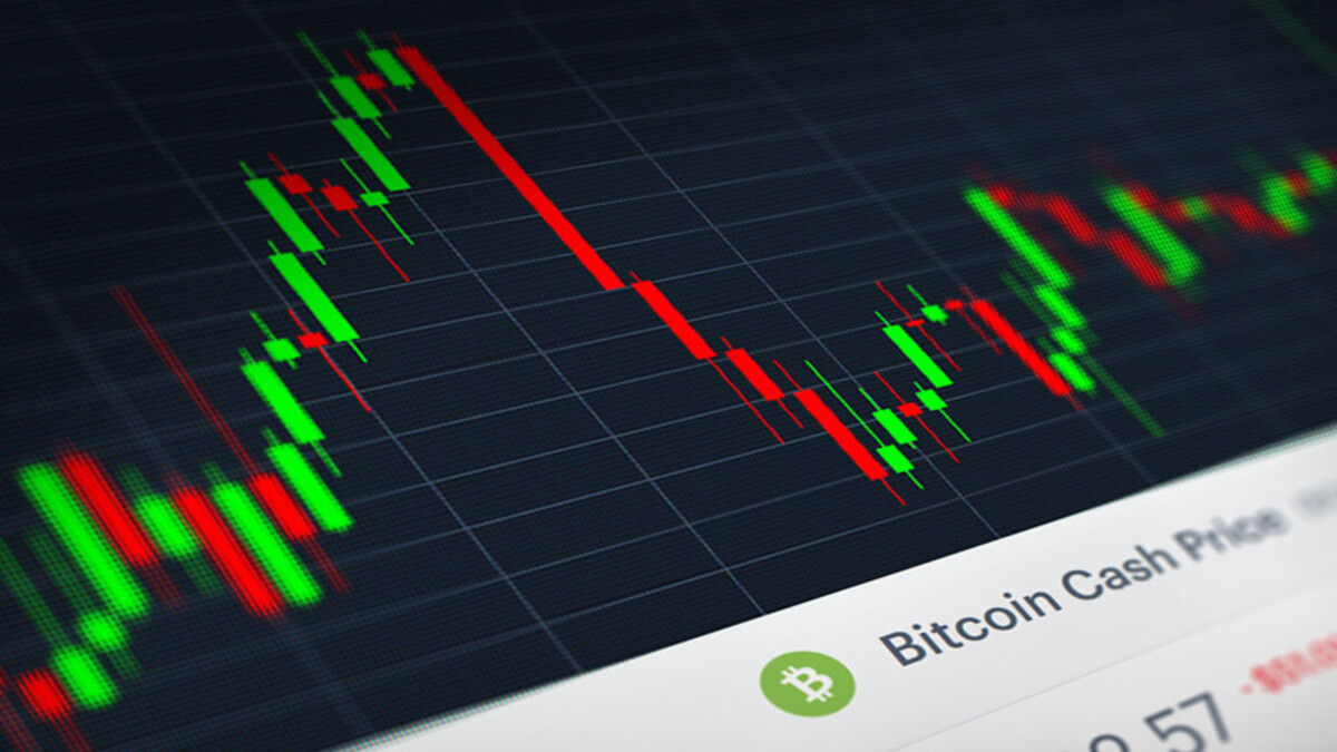 """The selloff in the cryptocurrency market continued on Wednesday as more """"Bitcoiners"""" liquidated their positions in today's trading session."""