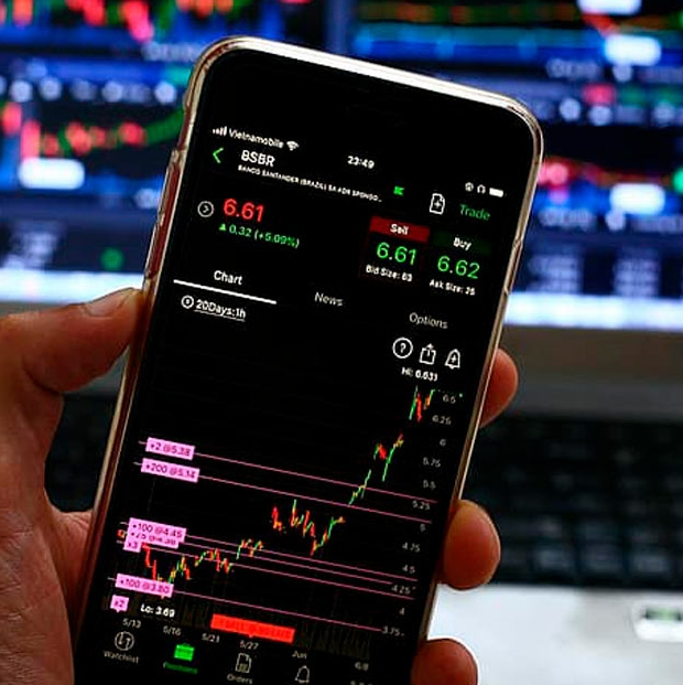 Trading Stock markets from home rise once again